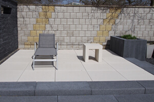 Outdoor Application Of Slate Stone Wall