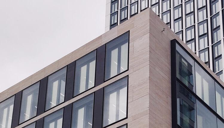 Creating Beautiful Curtain Walls Using Granite Tile & Slabs