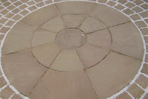 Sandstone For Easily Maintainable Spaces