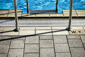 Slate Tiles That Can Be Used in Pool Areas