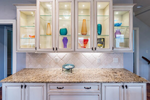 Under-Cabinet Lights To Showcase Your Countertop's Beauty