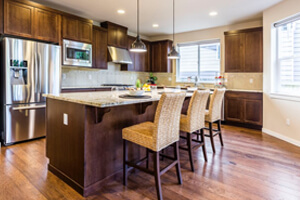White Granite Kitchen Countertops For A Graceful Ambience